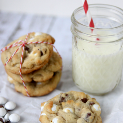 Mint Chocolate Chip Cookies:Christmas Cookie Exchange