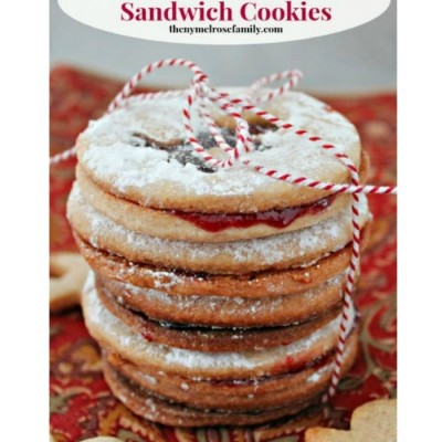 Almond Raspberry Sandwich Cookies:Christmas Cookie Exchange