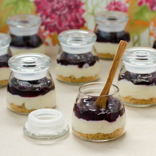 Mini-Blueberry-Cream-Cheese-Pies
