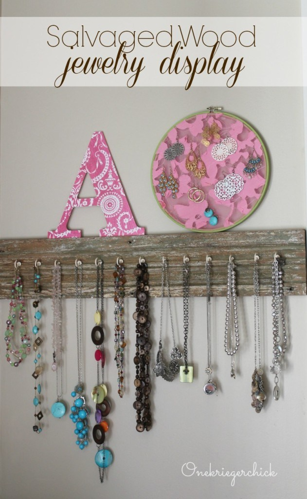 Salvaged-Wood-Jewelry-Display...so-easy-631x1024