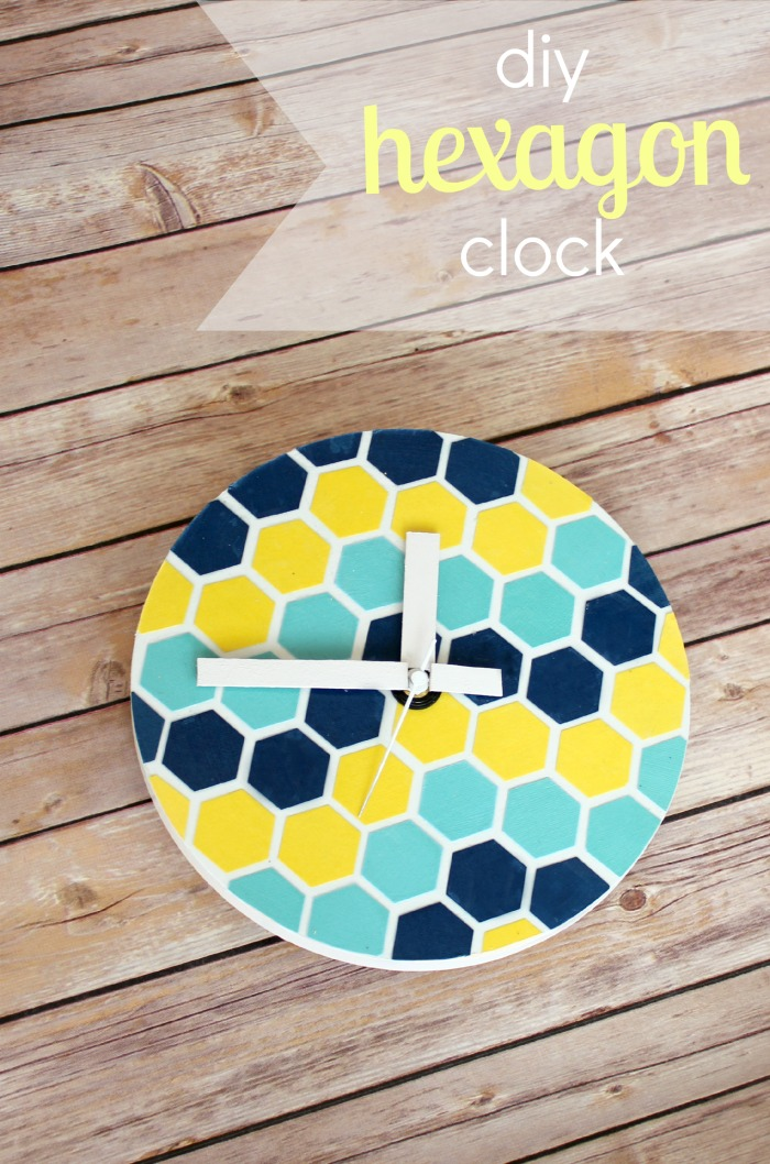 hexagon-clock-6txt