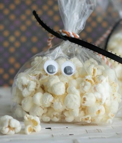 Ghost Popcorn Treat Bags