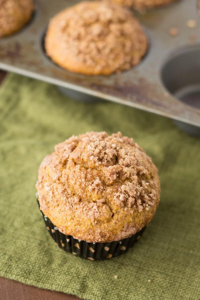 Pumpkin Streusel Muffins-7513