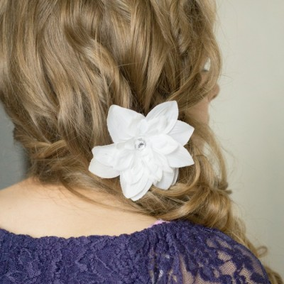 Pull Over Flower Hairstyle: Style Your Hair