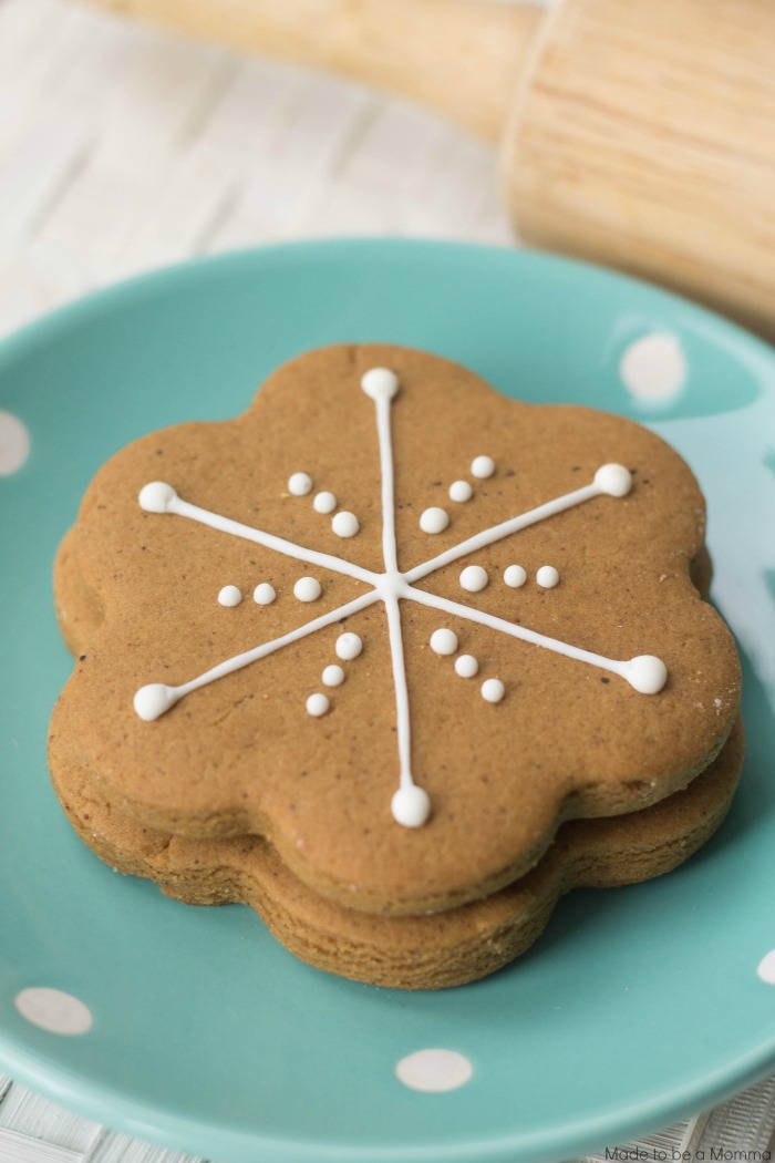 Snowflake Gingerbread