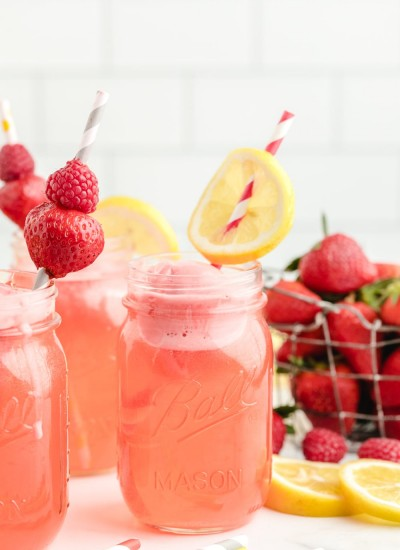 Sweetheart Punch in Mason Jar with Lemon Slices
