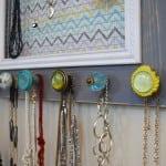 Jewelry display frame knobs