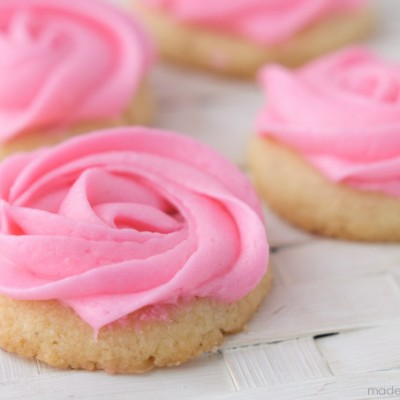 Mini Buttercream Rose Cookies