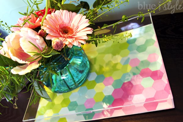 blue i style -DIY-Acrylic-Tray-Styled-For-Spring