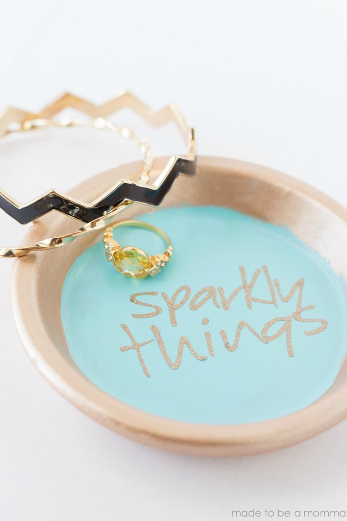 Terra Cotta Jewelry Bowl: perfect for all jewelry lovers!