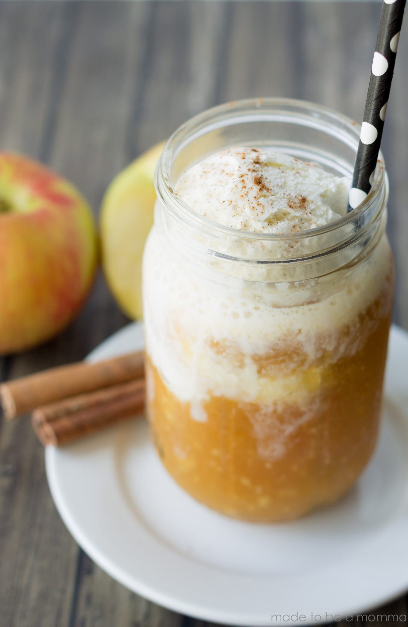 Apple Cider Floats are made with delicious vanilla ice cream, Apple ...