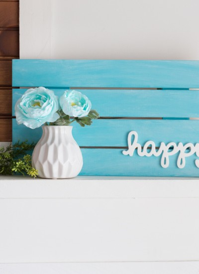"""Happy"" Pallet Home Decor Sign"