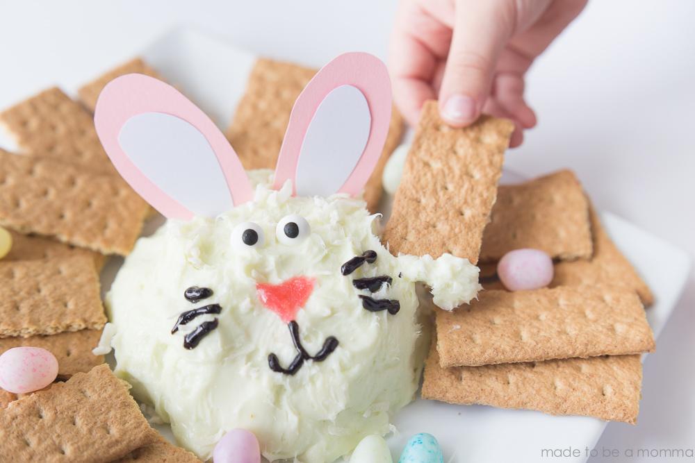 Easter Bunny Cheeseball-18