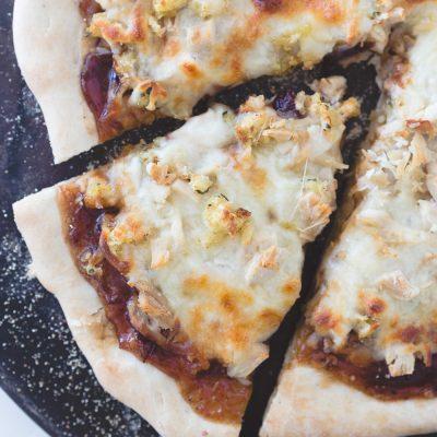 Thanksgiving Leftovers Turkey Pizza