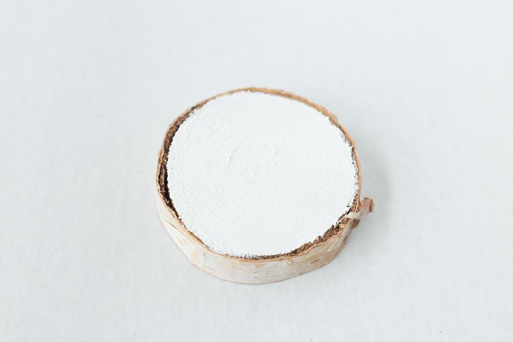wood-slice-ornament