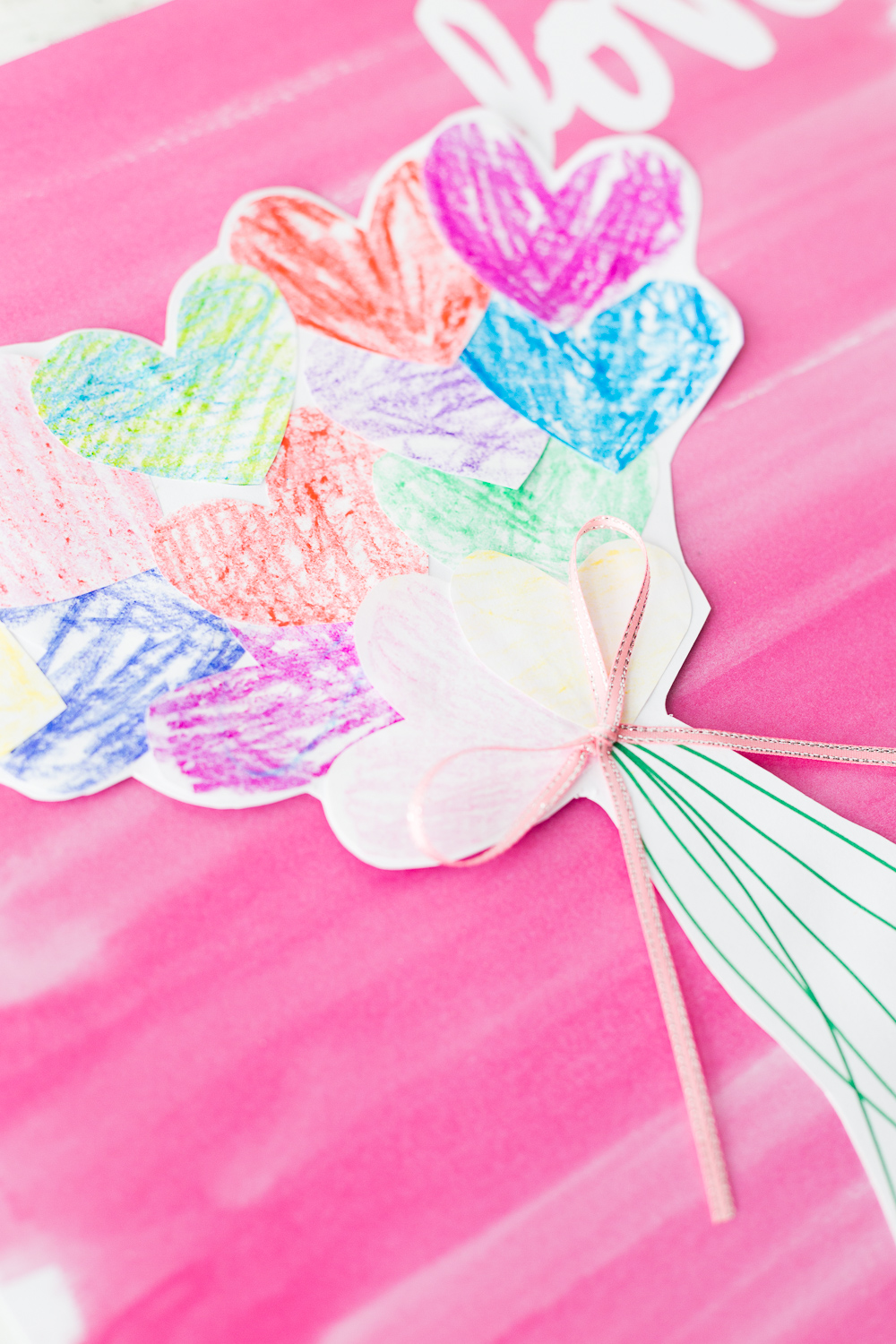 Paper Heart Bouquet | Kids Craft | Paper Crafts | Valentines Day | www.madetobeamomma.com