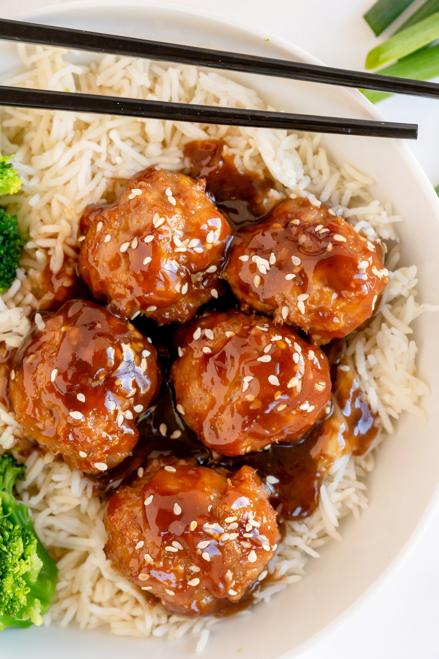 Teriyaki Turkey Meatballs are a delicious dinner that is bursting with flavor from a homemade Teriyaki sauce! Serve over rice or eat them all on their own.