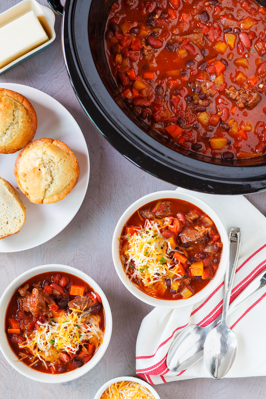 This Slow Cooker Venison Chili is the perfect weeknight meal. Pair this chili with a fresh garden salad and homemade bread for a hearty meal.