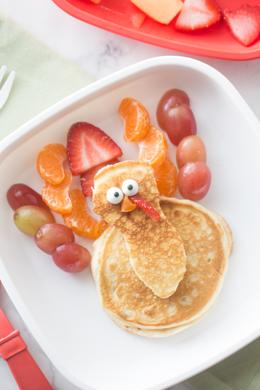 This friendly Turkey Pancake Breakfast is a fun way to celebrate Thanksgiving Day!