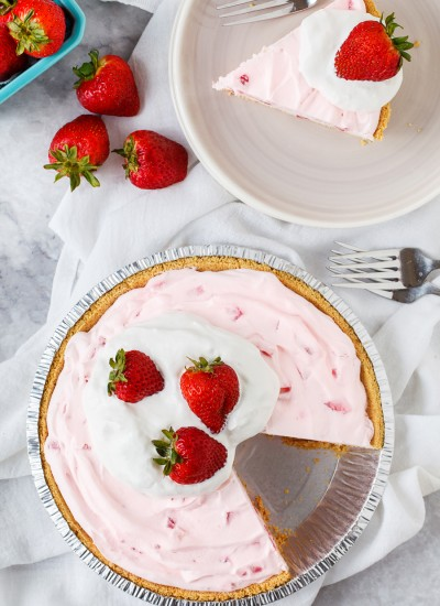 Easy Frozen Strawberry Pie