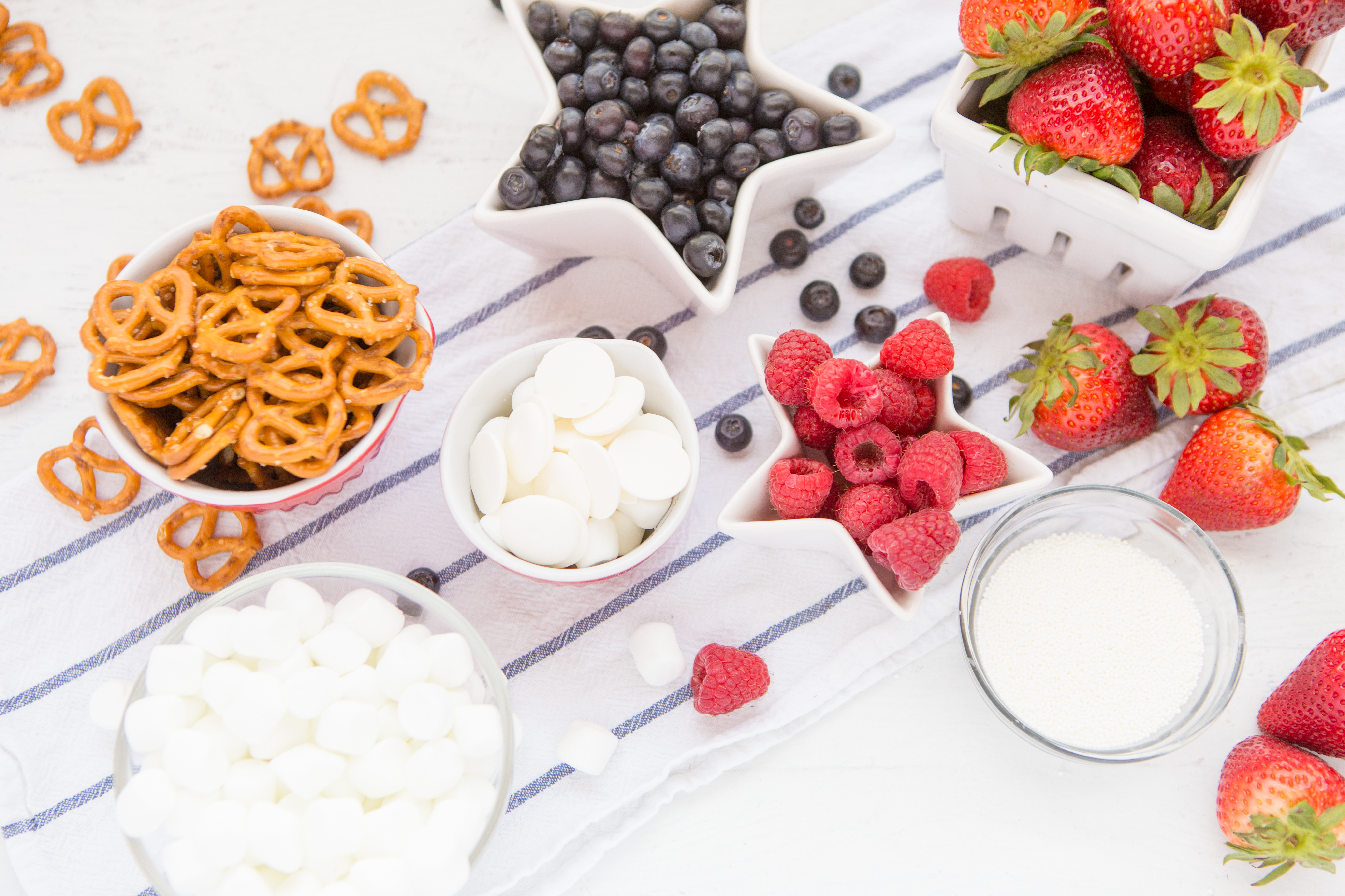 Berries, Pretzels and White Chocolate Ingredients