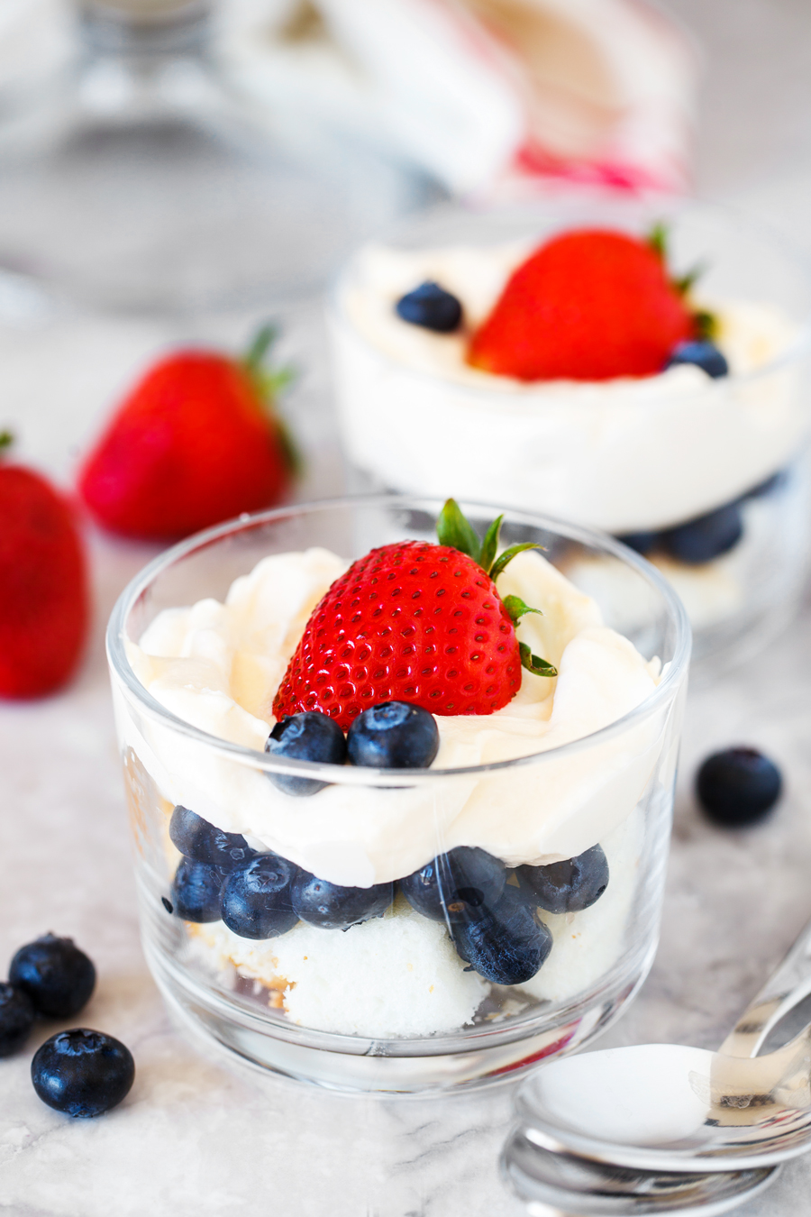 Angel Food Cake Berry Trifle