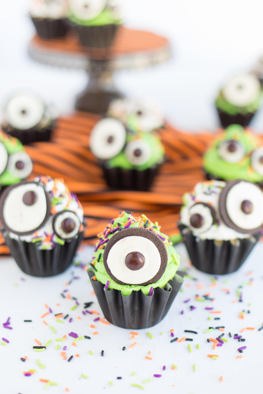 Monster Eye Cupcakes Green Icing