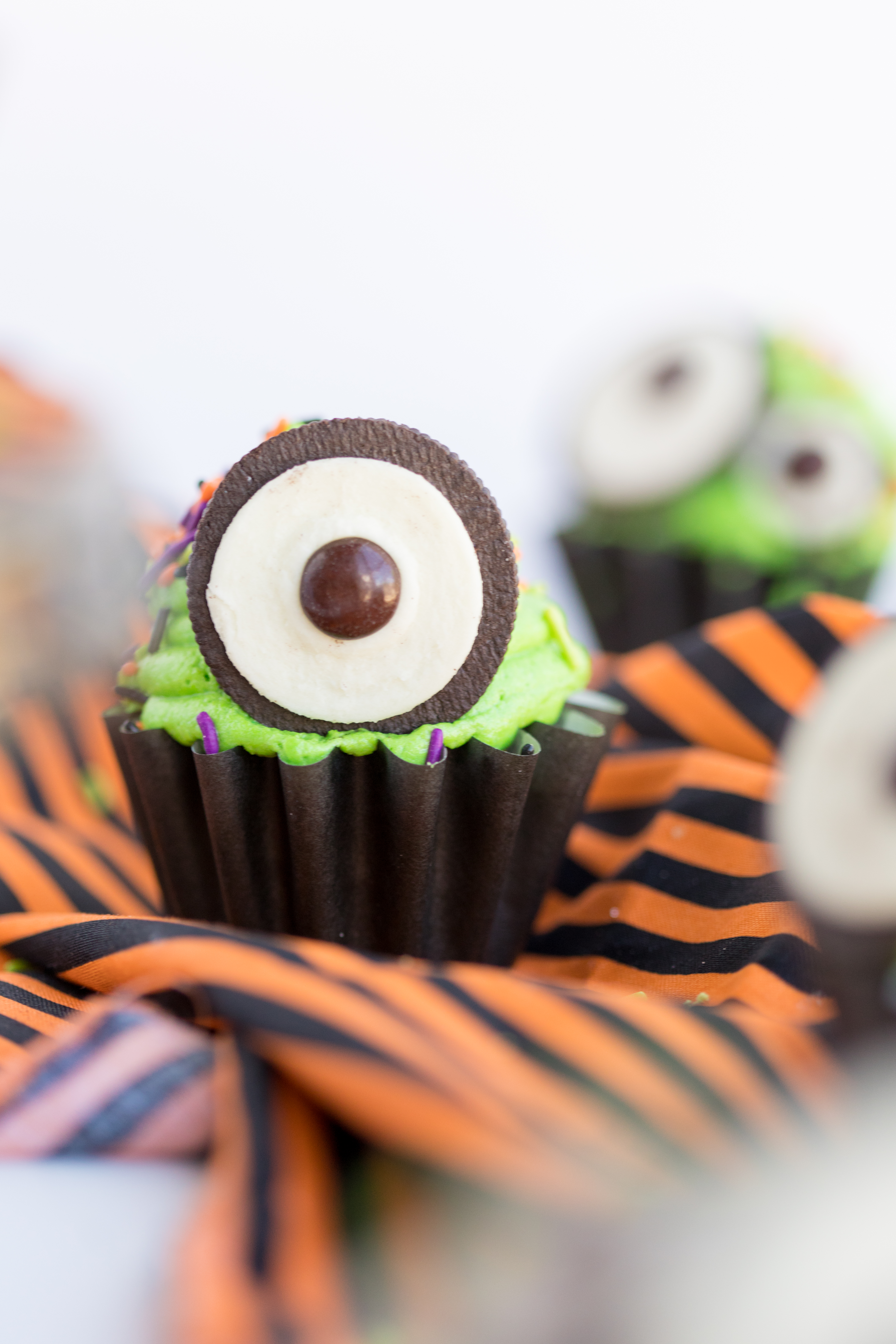 Monster Eye Cupcakes with one Oreo Eye
