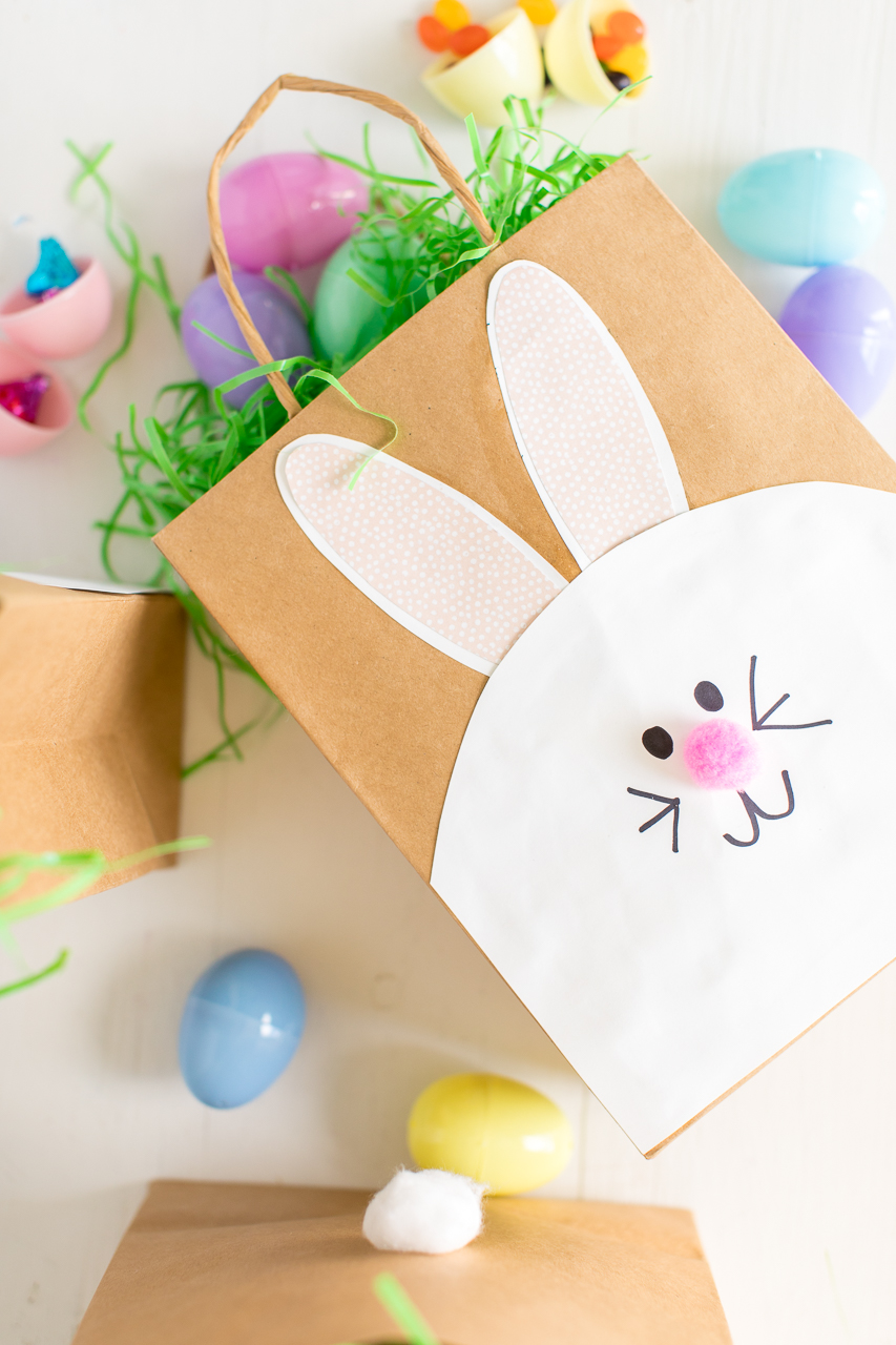 Easter Bunny Paper Bags: a fun Easter bunny craft that the kids will love to make and use for all their Easter Egg Hunts.
