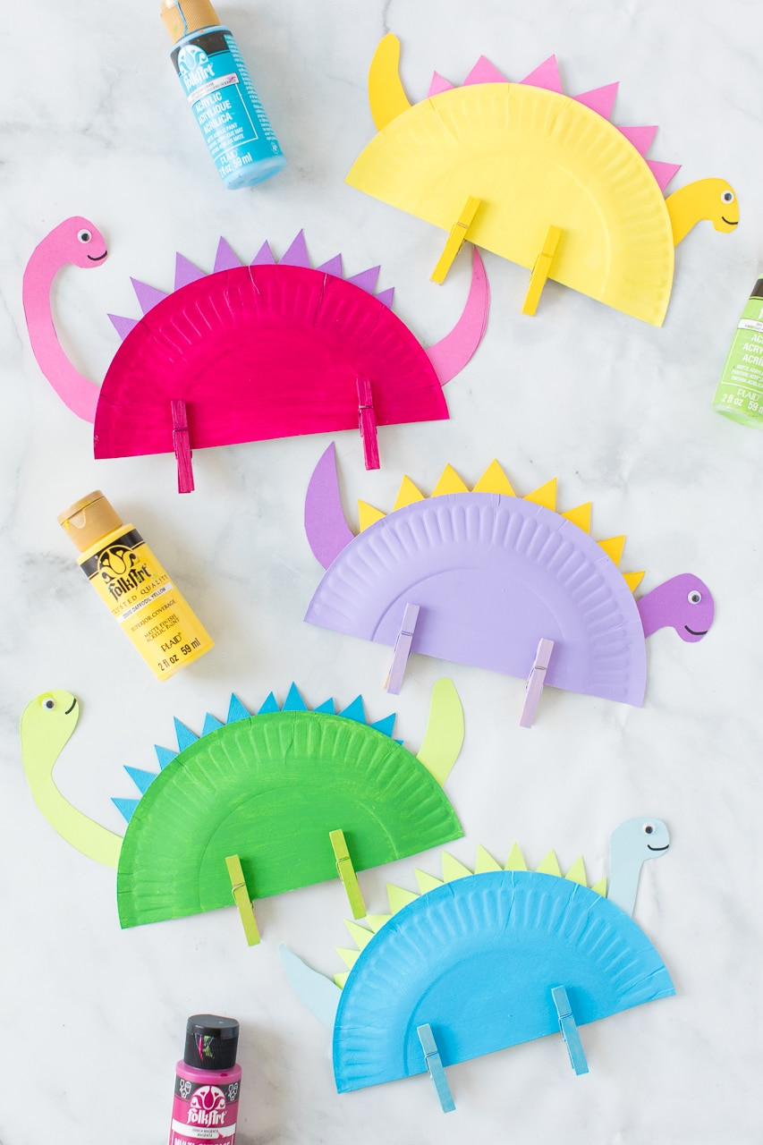 paper plate dinosaurs with paint colors