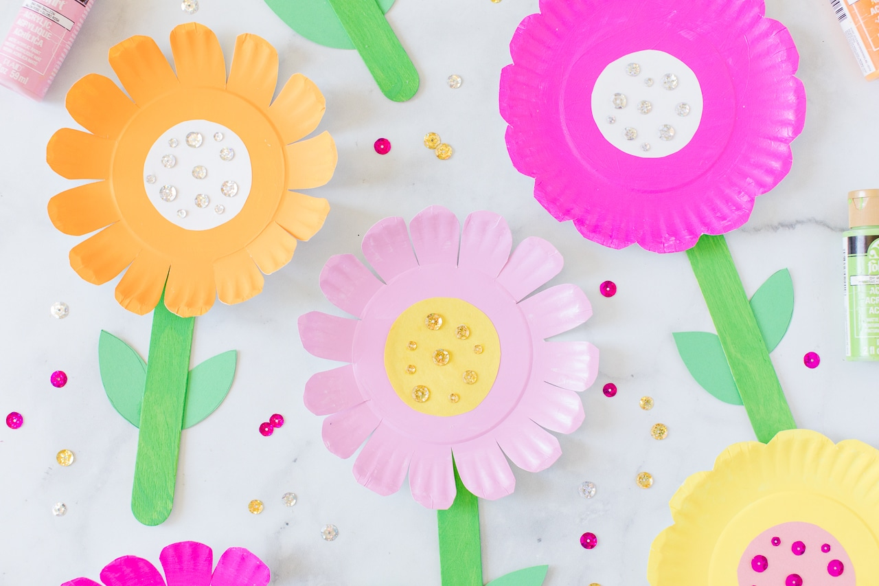 paper plate flowers with sequins