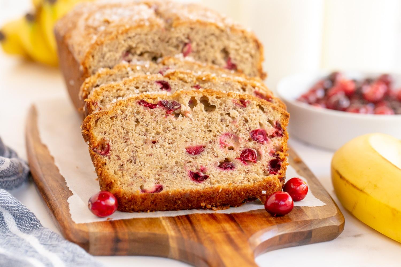cranberry banana bread slices