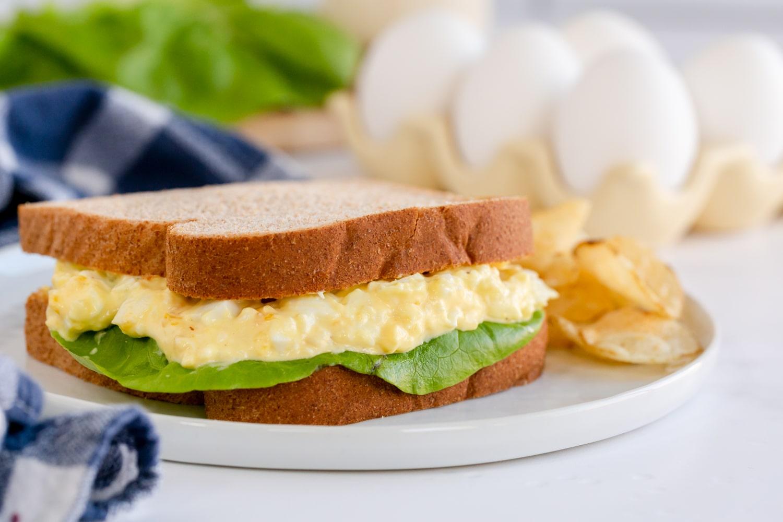 egg salad sandwich on plate
