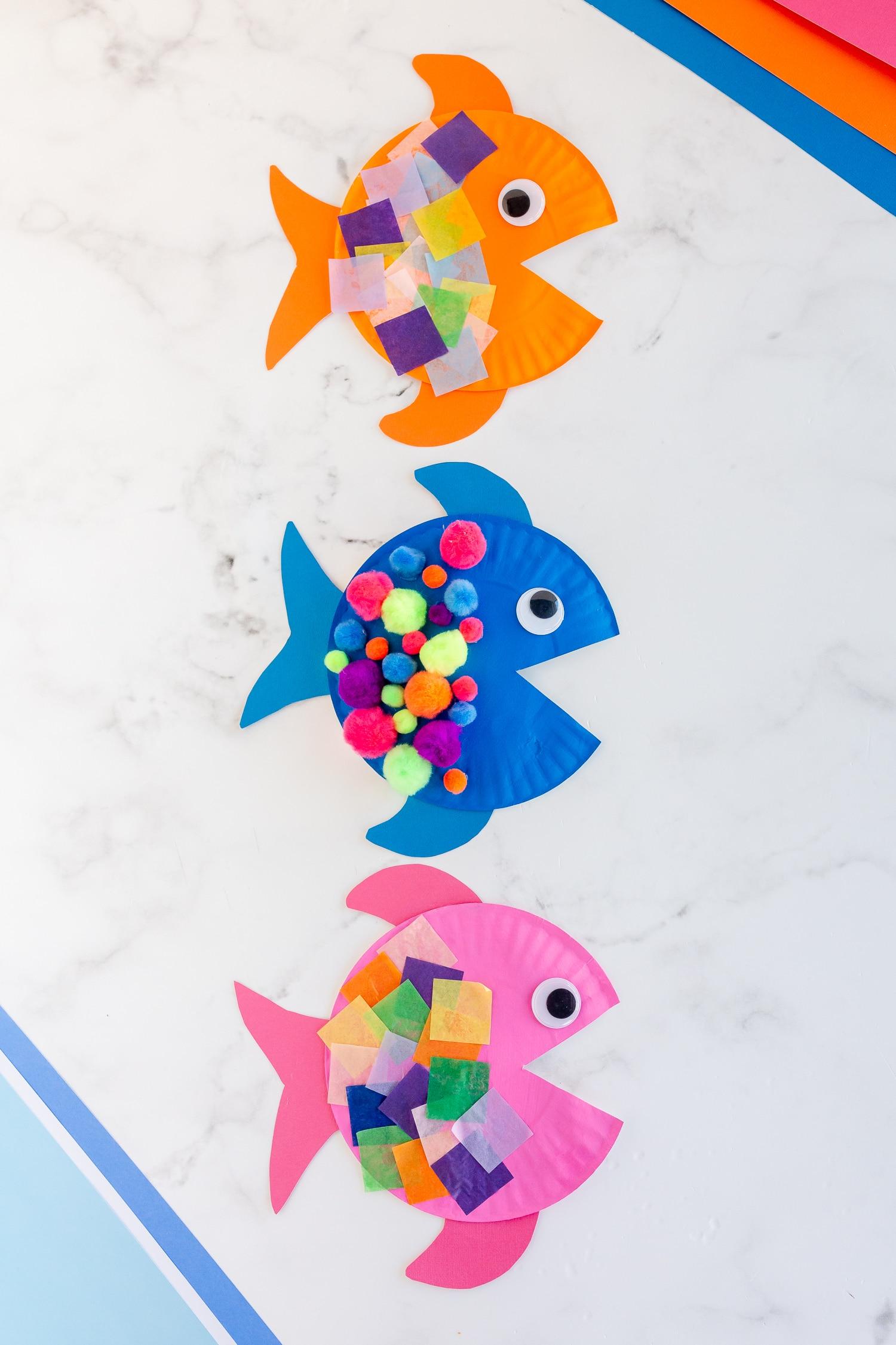 paper plate fish craft hero shot vertical