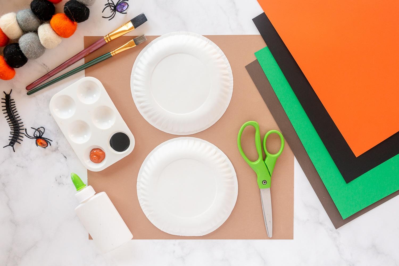 supplies needed for paper plate pumpkin